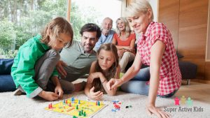 Play games with familes